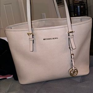 Michael Kors beige tote purse
